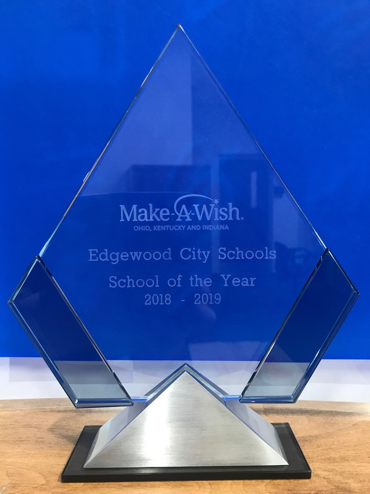Edgewood Receives School of the Year Award from Make-A-Wish