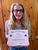 Edgewood freshman Tiffany Schatzle receives Scholarship from the Veterans Auxiliary Group