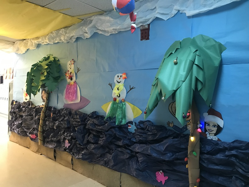 EES Hallway Decoration Contest